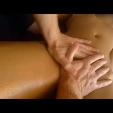 Receiving a yoni massage